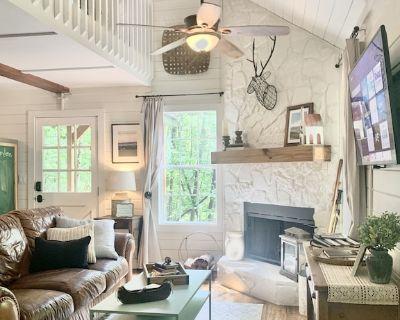 Rustic Modern Farmhouse Cabin - Sautee Nacoochee