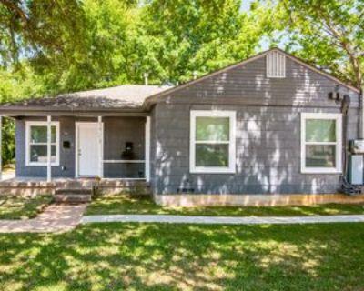 1121 S Davis Dr #1, Arlington, TX 76013 1 Bedroom Apartment