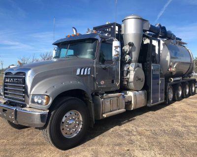 2018 MACK GRANITE GU714 Vacuum Trucks Heavy Duty