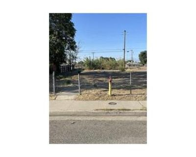 3 Bed 2.0 Bath Foreclosure Property in Bakersfield, CA 93308 - Decatur St