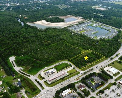 Development Opportunity Located West of US 41 & Pine Island Rd
