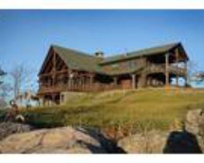 7 Bedroom Farmhouse In Lake Luzerne, Usa (ref. 27389110)