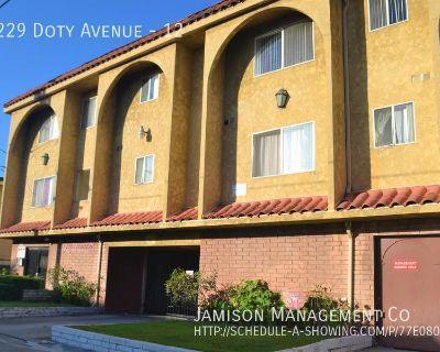 Single-family home Rental - 13229 Doty Avenue