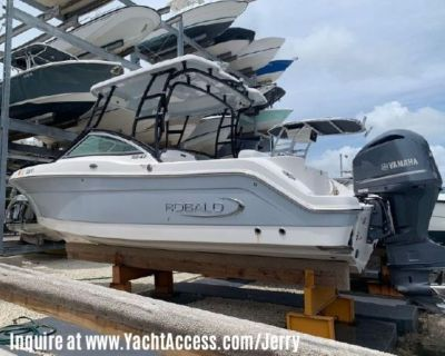 2019, 24' ROBALO R247 Dual Console For Sale
