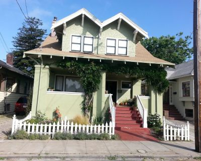 Beautiful Craftsman Style Home In The Heart Of The Bay Area - Alameda
