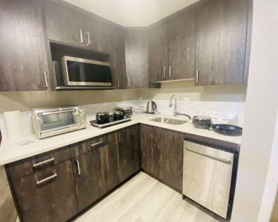 New, private and cozy one bedroom private suite - Southeast Calgary