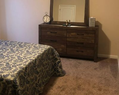 Private room with shared bathroom - Buford , GA 30519