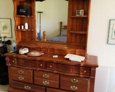 Queen bdrm suite