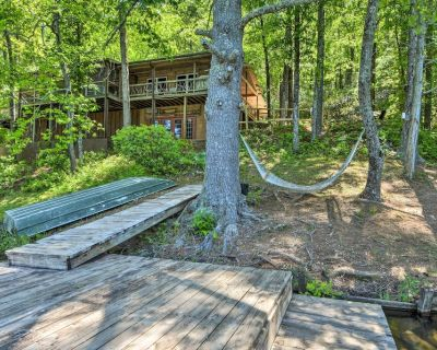 Chattooga Lakefront Cabin w/ Hot Tub + Pvt. Dock! - Mountain Rest