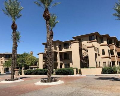 Desert Getaway! Spacious Unit w /Kitchen, Pool - North Scottsdale