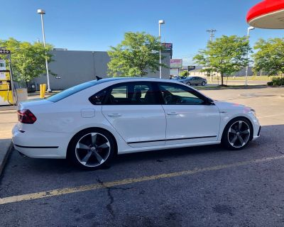 F.S. Volkswagen/Audi 19 Rotor Style Replika Wheels with Tires