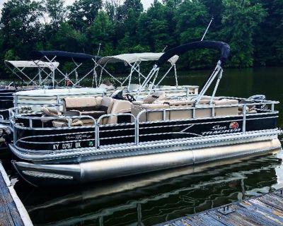 2018 Sun Tracker Fishing Barge DLX