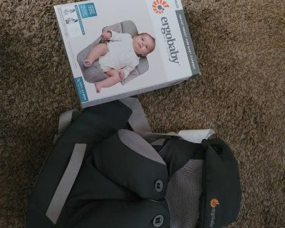 Ergobaby Infant Carrier with Infant Insert