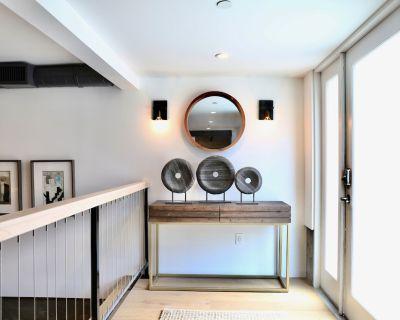 Luxury Executive Apartment/Condo - Sierra Madre
