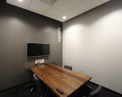 Private Office for 5 at Roam Galleria