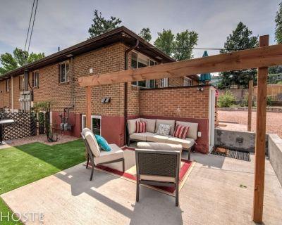 2BR Comfy condo & cute patio Broadmoor area - Southwest Colorado Springs