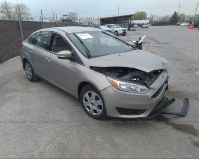 Salvage Gold 2015 Ford Focus