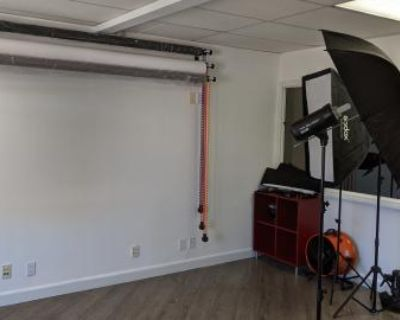 Photography and Videography Space and Studio in Burbank, Burbank, CA