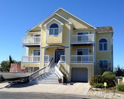 Luxurious Bayfront Home on Private Peninsula, Gated, Beach & Pool, Water Views - Bethany Beach