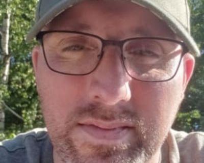 Joseph, 43 years, Male - Looking in: Milwaukee Milwaukee County WI