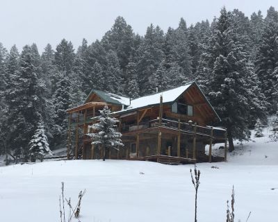 Livin Hi Lodge, Peaceful Haven in the Sun & Clouds Surrounded by Nat. Forest - Cloudcroft
