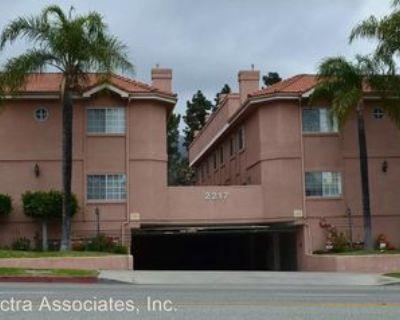 2217 Montrose Ave #5, La Crescenta-Montrose, CA 91020 3 Bedroom Apartment