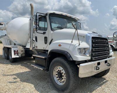 2013 FREIGHTLINER 114SD Concrete Mixer, Pump Trucks Heavy Duty