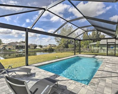 NEW! Relaxing Canalside Oasis w/ Lanai + Backyard! - Cape Coral