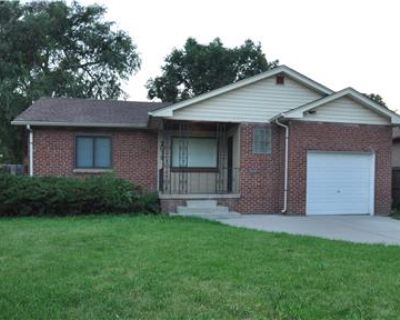 Beautifully remodeled ranch ready to all home
