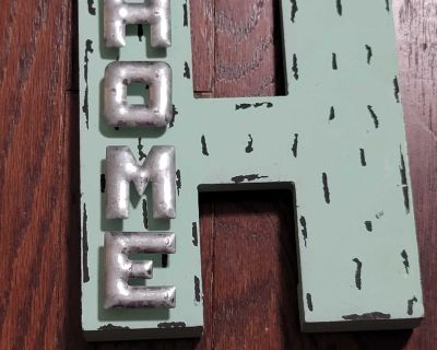 """Home decor """"H"""" that stands upright EUC"""