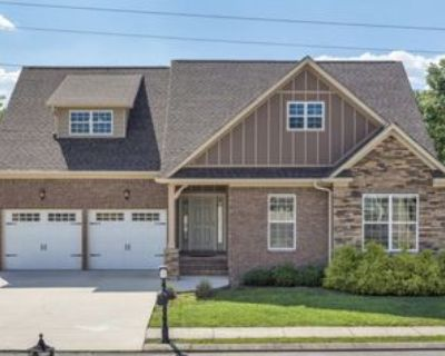 1739 Andover Pl #1, Chattanooga, TN 37421 4 Bedroom Apartment