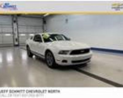 2012 Ford Mustang White, 133K miles