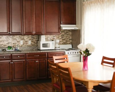 Large 3 Bedroom/2 Bathroom Apartment in Downtown OC, steps from the Boardwalk! - Ocean City