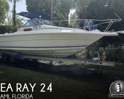1990 Sea Ray Laguna 24 Flush Deck Cuddy