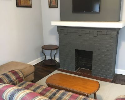Recently renovated 2 bedroom-B,short distance to osu. - Old North Columbus
