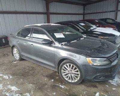 Salvage Gray 2014 Volkswagen Jetta Sedan
