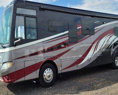 2014 Newmar Dutchstar 4018 Class A Diesel RV