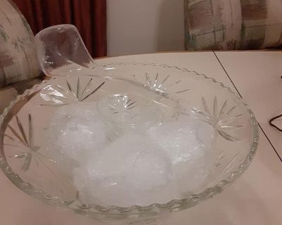 Beautiful cut glass Punch bowl with 11 glass cups and serving spoon