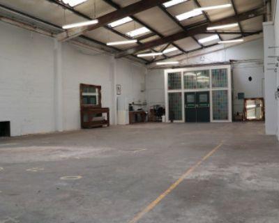 Industrial Multipurpose Warehouse, London