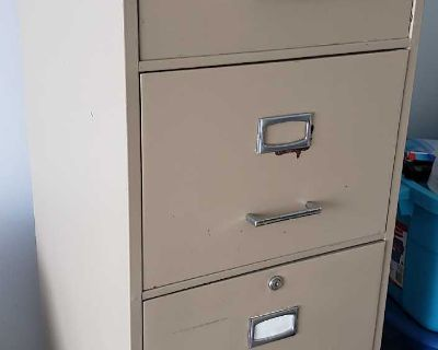 Commodore 4 drawer Metal Filing Cabinet
