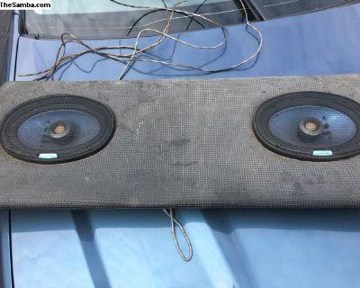 Rear seat speaker shelf
