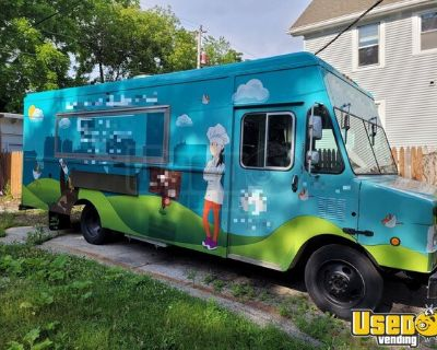 Very Gently Used 2002 Workhorse 27' Step Van Kitchen Food Truck