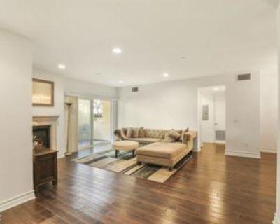 1726 S Bentley Ave #102, Los Angeles, CA 90025 3 Bedroom Condo
