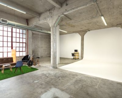Studio + Production Office // Huge Downtown Industrial Studio With Natural Lighting and Office Space, Los Angeles, CA