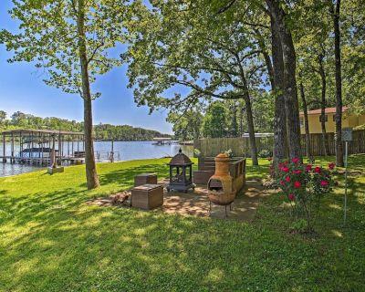 NEW! Modern Retreat w/ Boat Slip on Lake Hamilton! - Piney