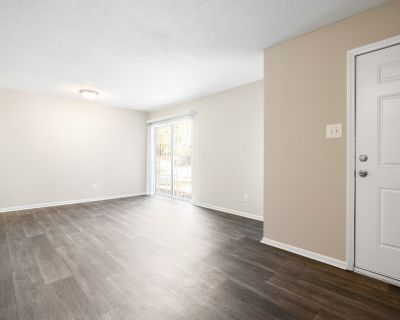 Newly Renovated 2 Bedroom! Remarkable Value. Unbeatable Location!