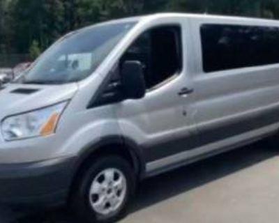 2018 Ford Transit Passenger Wagon T-350 XL