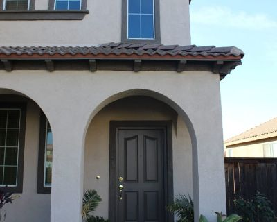 Private room with own bathroom - Moreno Valley , CA 92555