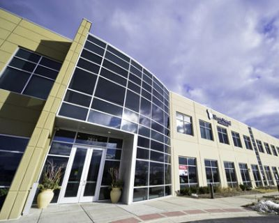 Office all inclusive at 2815 Forbs Avenue