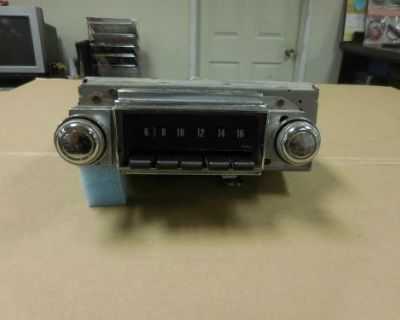 1968 Chevrolet Impala Core Am Radio (needs Service)